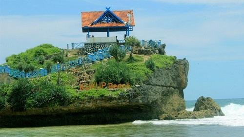 Pantai Kukup di Jogja