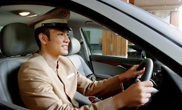 Pelayanan Rental Mobil